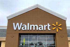 Walmart Announces Partnership With Green Dot Bank