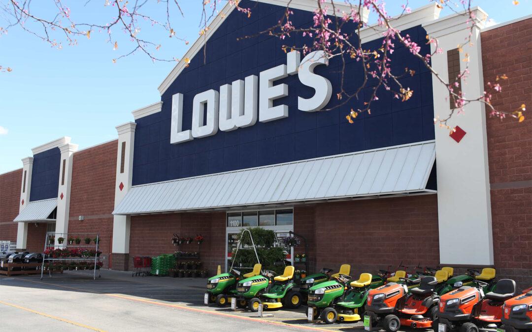 Lowe's Q2 Beats Wall Street Despite Comp Slide